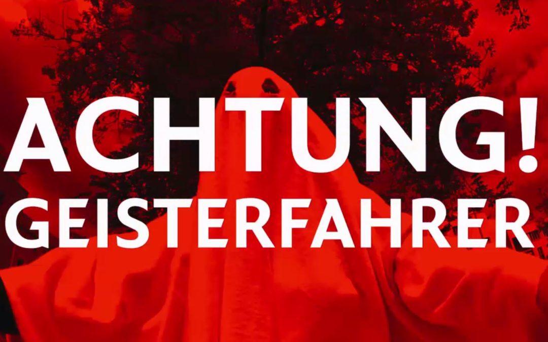 Geisterfahrer in Ludwigsfelde rast in Kindergruppe